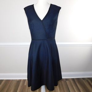 Trina Turk Corina Dress Size 6 Fit & Flare Blk Blu